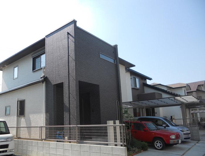 0ヤマックスの家-カーボ炭の家-1年点検K様邸外観.jpg