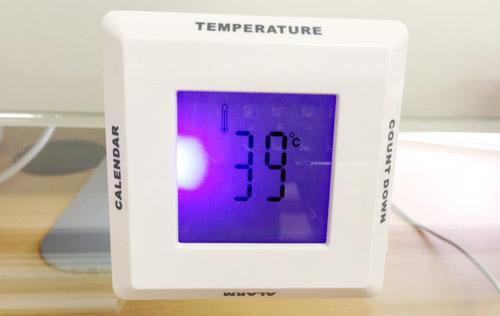 1407ヤマックスKAB住宅展示場-9温度計.jpg
