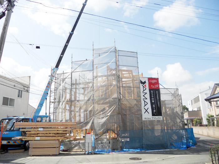ヤマックスの家上棟式棟上げの様子2.jpg