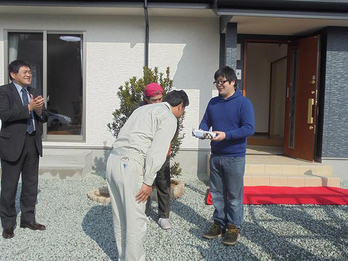 ヤマックス炭の家熊本市北区植木町H様邸お引き渡し式2.jpg