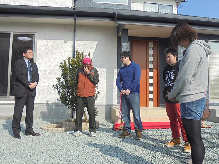 ヤマックス炭の家熊本市北区植木町H様邸お引き渡し式3.jpg