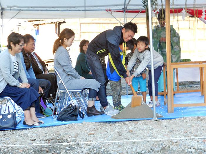 ヤマックスyamax新築炭の家熊本市二本木Y邸地鎮祭2.jpg
