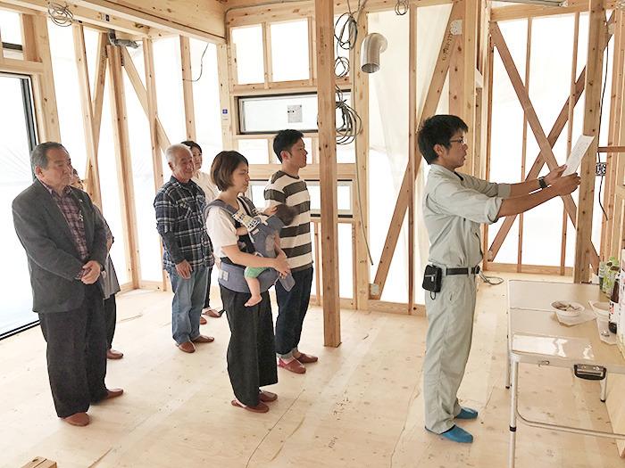 ヤマックスyamax新築熊本炭の家熊本市南区ネイビー金属壁K邸上棟式2.jpg